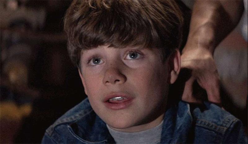sean astin stranger things os goonies evideoclipe - El actor que protagonizó Bob en Stranger Things ya lo habías visto antes en muchas otras películas
