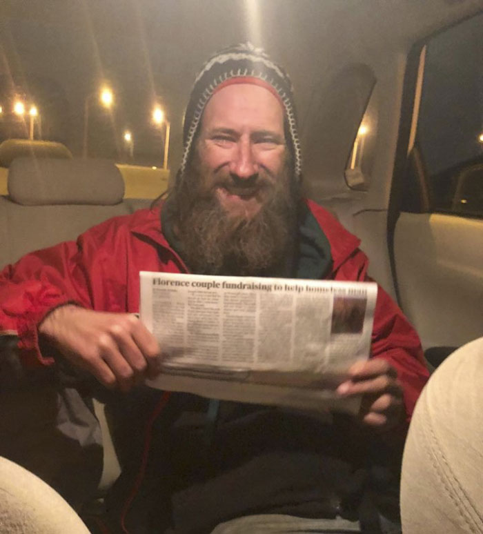 woman raises money homeless man helped her buy gas kate mcclure 10 5a17d00aedc4d  700 - Homeless Vet Gave Away Last $20. His Act Of Kindness As Seen Him Rewarded With More Than $350,000