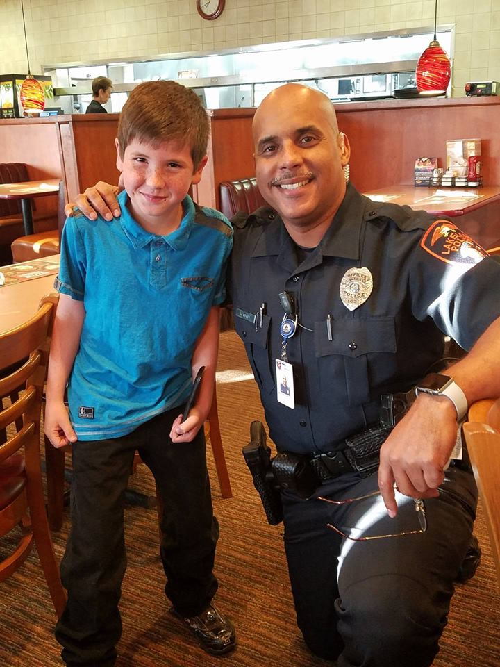 young boy surprises police officer 2 - A Boy's Surprise To A Police Officer Goes Viral