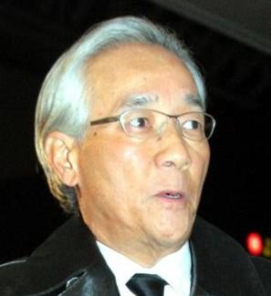 2 121 - 58歳で芸能界を引退した上岡龍太郎さんの現在は?