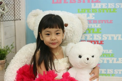 2 132 1 - 韓國 11 歲天才童星演員!這些賣座電影裡都有她