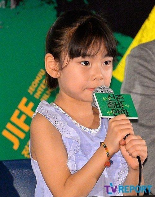 8 34 1 - 韓國 11 歲天才童星演員!這些賣座電影裡都有她