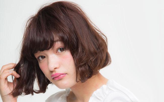 854ffb40b4b84832a51953846c5027cf - 1日は前髪で決まる!美容院で手軽に前髪カットをしよう