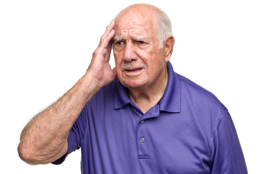 confused man - 7 consejos para evitar perder la memoria
