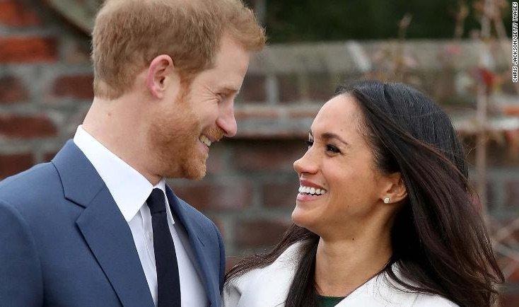 four1 - La date de mariage du Prince Harry et de Meghan Markle enfin révélée!