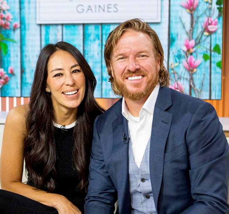 gaines - Chip And Joanna Gaines Announce They're Expecting Baby No. 5