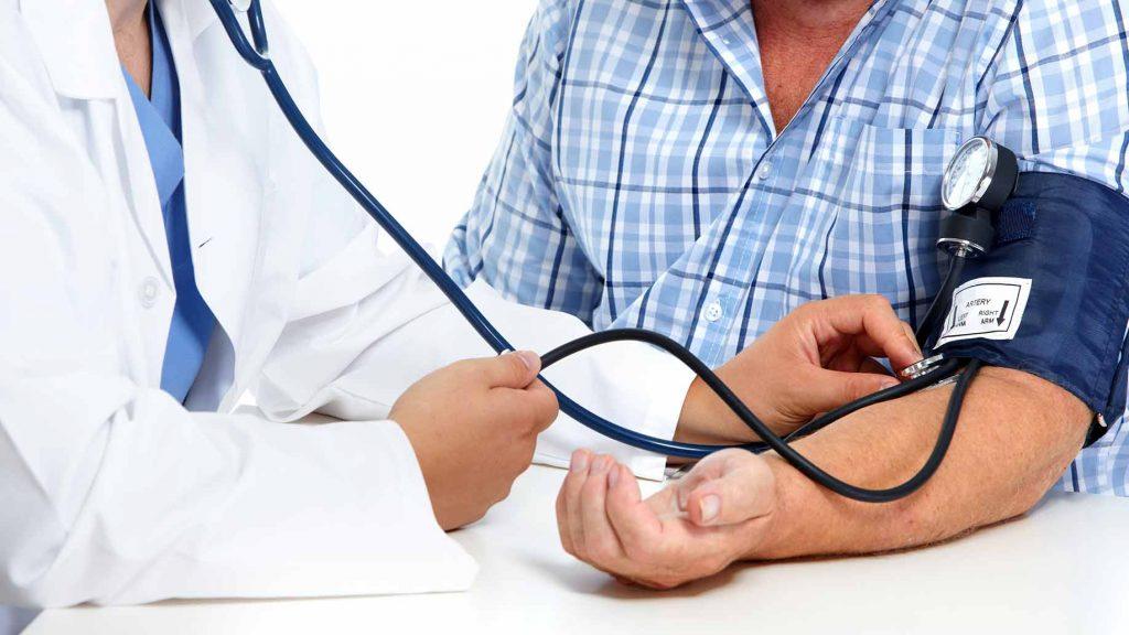 high blood pressure hypertension natural remedies 1024x576 - Elimine a nicotina do seu corpo misturando um simples ingrediente a suco de laranja