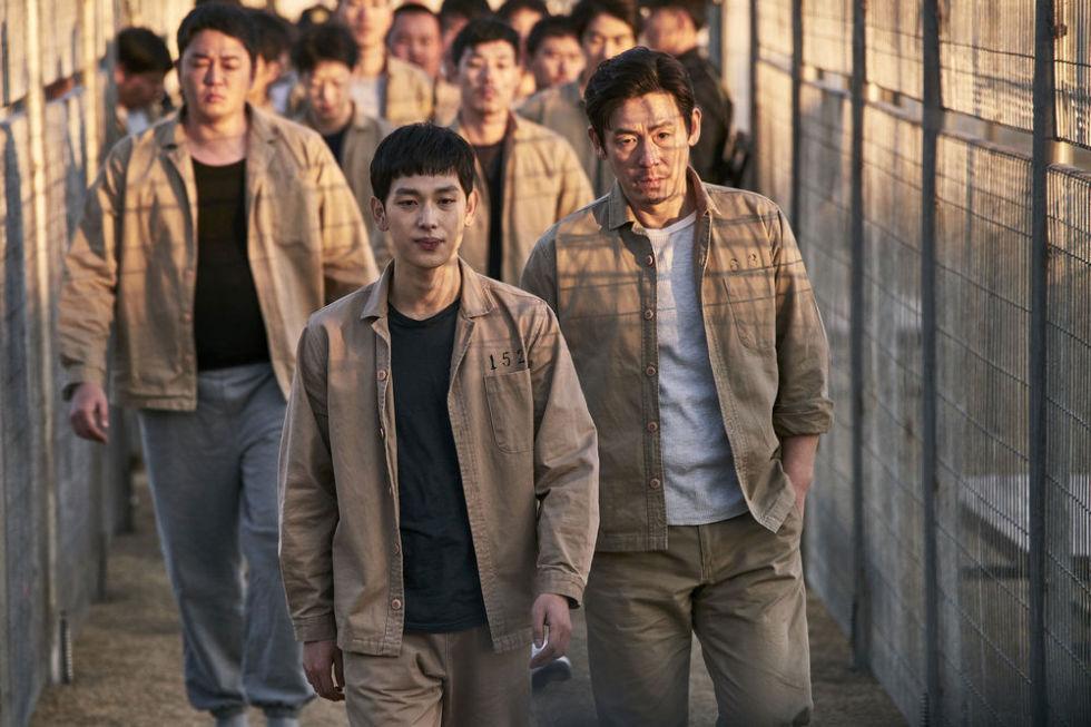 img 5a566fcd43508 - 回顧2017必看的十部韓國電影!不只《我只是個計程車司機》