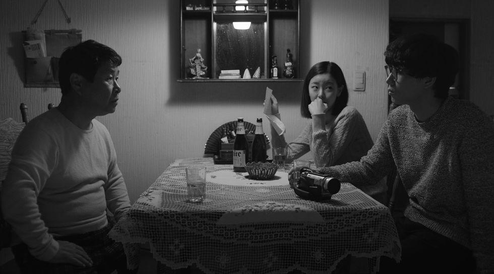img 5a56707e4f46e - 回顧2017必看的十部韓國電影!不只《我只是個計程車司機》