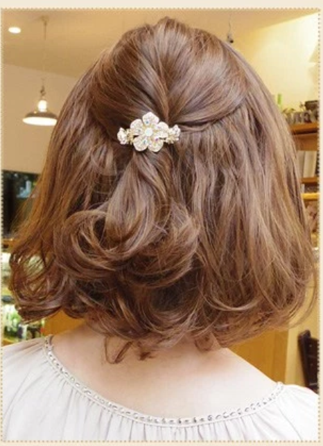 img 5a570afba7a7c - 長さ別結婚式の髪型マナー!ロングでもショートでも大丈夫
