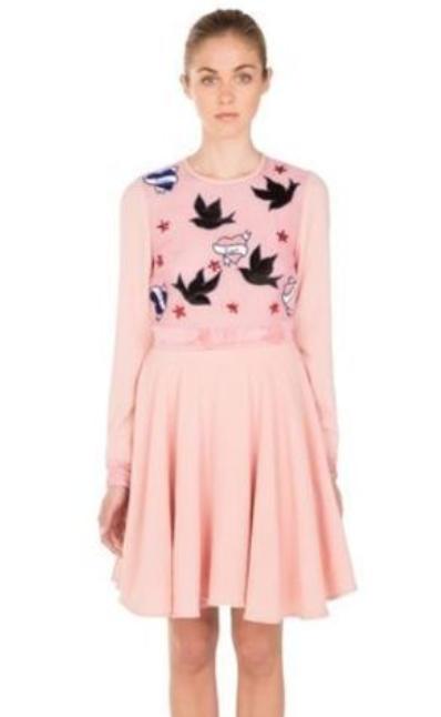 img 5a575fa28fea0 - ガーリーな衣装が特徴の西野カナはどんなブランドを愛用している?