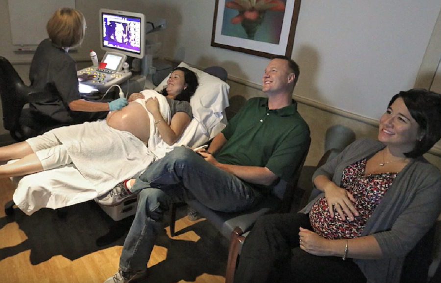 jobby - Sisters Deliver Twins On The Same Day, Then Family Finds Out The Truth