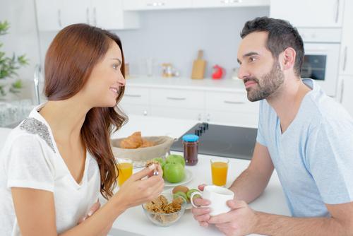 q10 - 여자친구와 '결혼'을 생각하는 남자의 특징 10가지