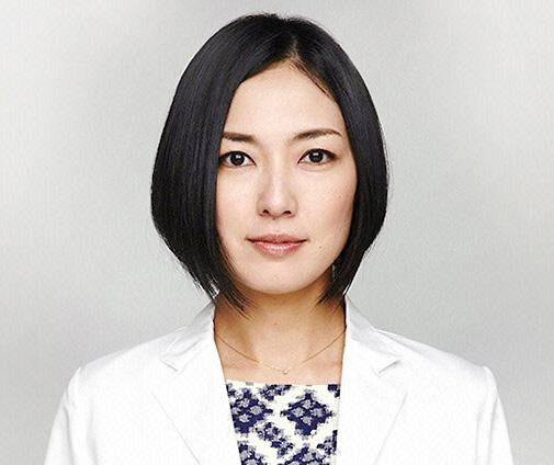 yuka itaya - 黒髪オン眉さん必見!板谷由夏の髪型がお洒落な理由を徹底解説