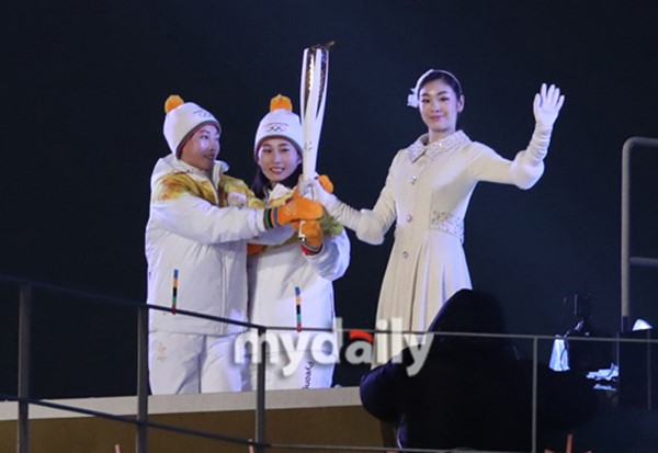 4 175 - 뒤처진 채 홀로 달리는 김은호 선수 끝까지 응원해준 북한 코치진