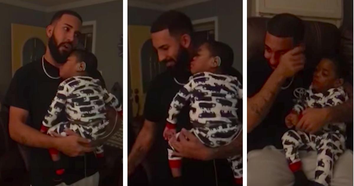 dad sings for deaf son 1 - Pai canta para seu filho surdo e a reação do garotinho o deixa aos prantos