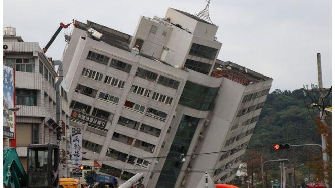 img 5a7a7f25ccb28 - 台灣地震讓日網友大喊「我想捐錢!」渡邊直美、Piko太郎寫中文祈福