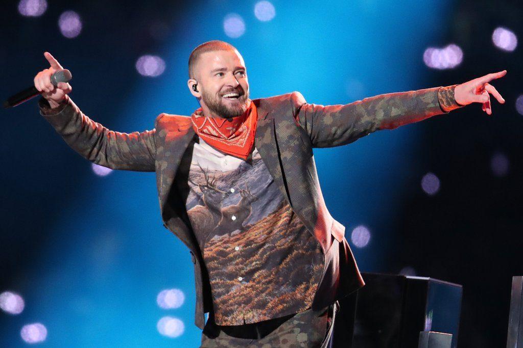 justin timberlake super bowl halftime show pictures 2018 1024x683 - Justin Timberlake et sa chemise Élan ont beaucoup fait rire les médias sociaux au Super Bowl