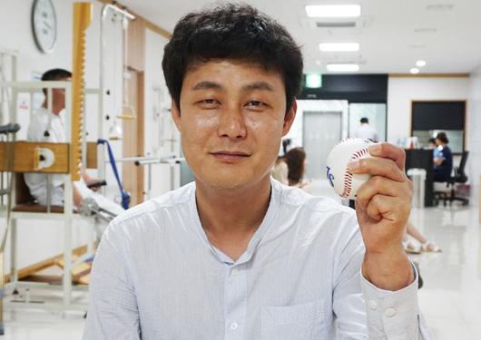 q4 2 - 국내 최초로 팔 이식 수술 받은 손진욱씨 근황