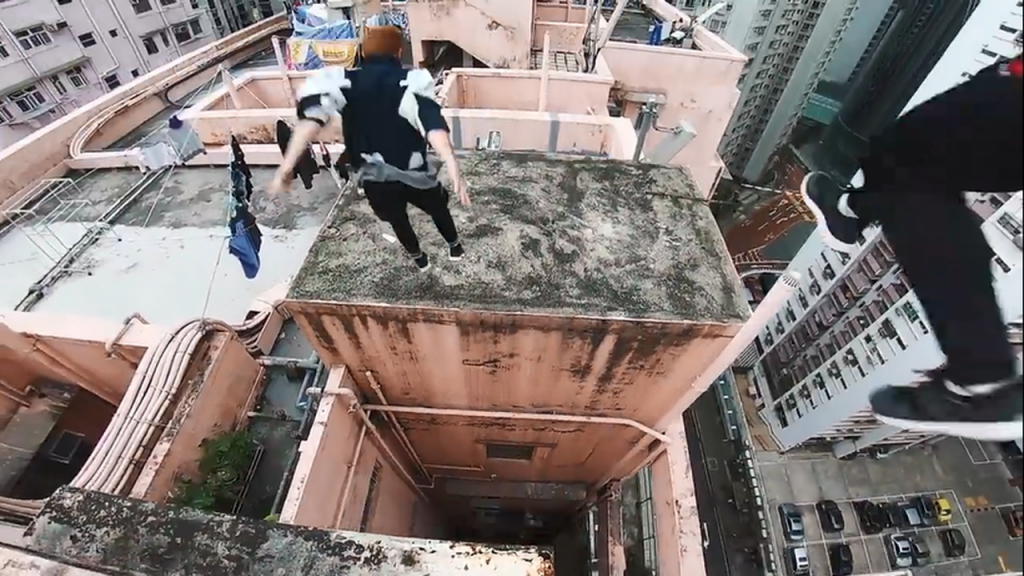 rooftop-pov-escape-from-hong-kong-security-%f0%9f%87%ad%f0%9f%87%b0-mp4_20180213_155618-845