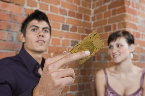 z7 3 - '첫 데이트'에서 남자가 절대 하면 안되는 행동 9
