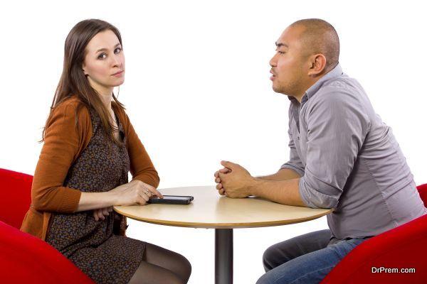 z9 2 - '첫 데이트'에서 남자가 절대 하면 안되는 행동 9