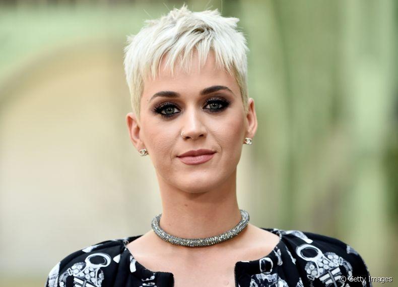 171692 o corte pixie da cantora katy perry ganh article media item 3 - Cortes de cabelo curto para qualquer idade