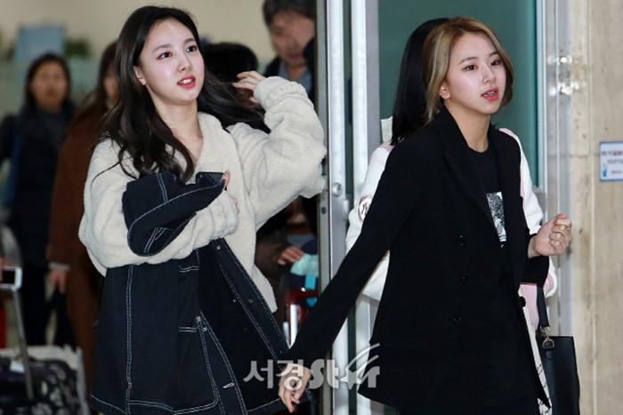 7 46 - 목욕탕에서 만난 멤버 보고 '모른척'한 아이돌