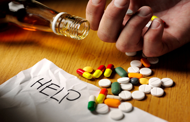 addiction help - This Drug Addict Returns Back The Money Which He Stole From A Women 5 Years Earlier