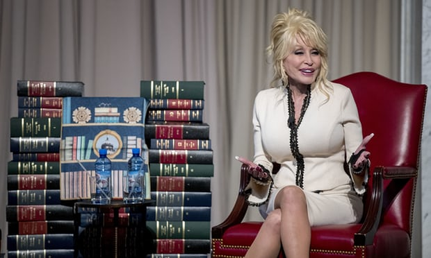 dolly1 - Dolly Parton Finally Realizes Life Book-giving Milestone Years After She Began The Journey