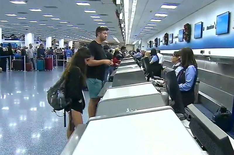dr5 - Un agent d'aéroport sauve deux jeunes filles du trafic humain.