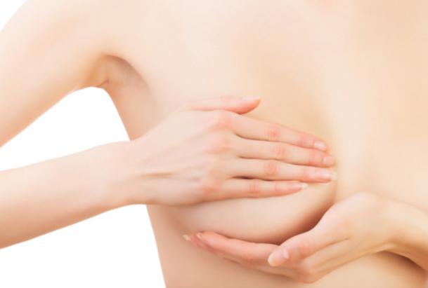 img 5aa243bbc876d - 胸は女性の宝。『乳癌患者』や『胸』に悩む方々へ。