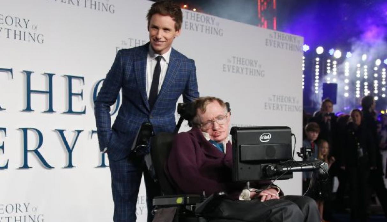 img 5aa935232633e - Murió Stephen Hawking a sus 76 años y así lo homenajearon en las redes