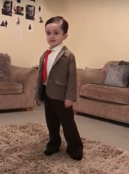 This kid has won world book day with his mr bean impression video his adorable little dance moves are making the people over the internet to go in a fit of laughter he is like the mini version of mr bean solutioingenieria Image collections