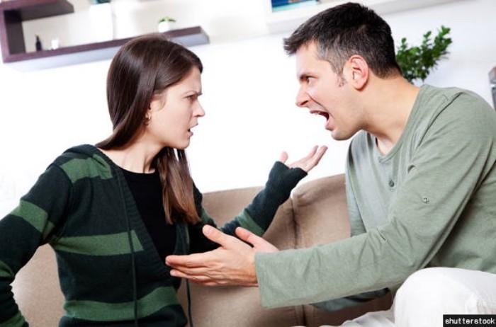 art150420054603 - 헤어지기 직전의 커플들이 보이는 행동 8가지