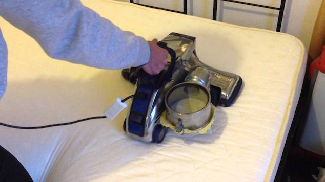 clean-your-mattress-2