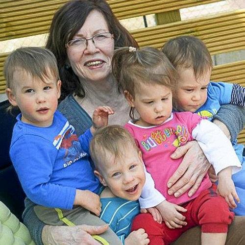 Es Conocida Como La Mamá Abuela Tiene 65 Años Y 21 Hijos Va A