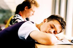 「ビクッ 寝てるとき 学校」の画像検索結果
