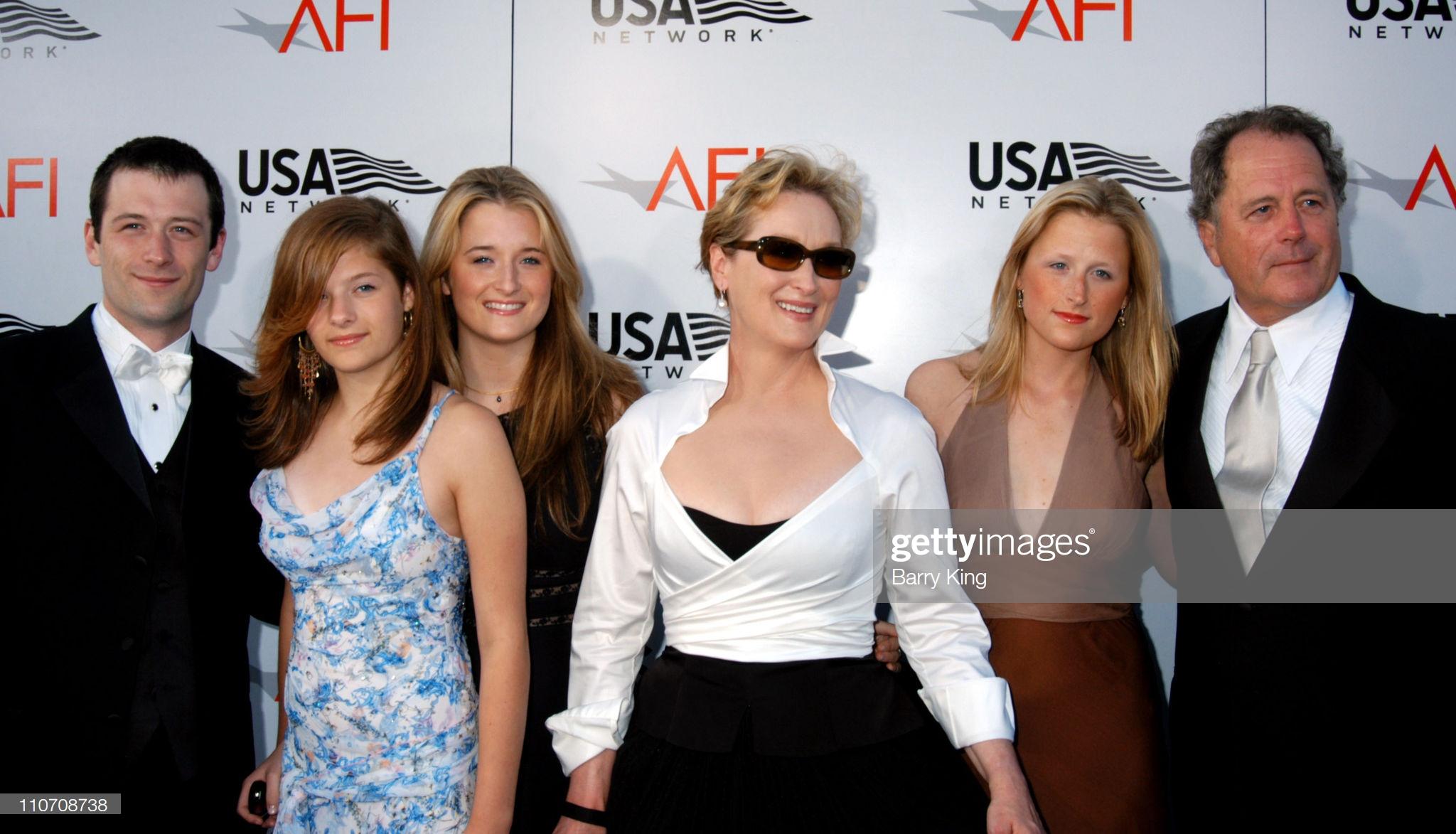 USA Network Presents 2004 AFI Lifetime Achievement Award - A Tribute to Meryl Streep - Arrivals : Fotografía de noticias