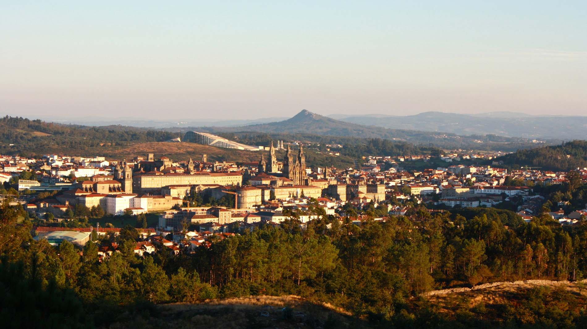 Material y Consejos para el Senderismo Nocturno-Santiago Compostela