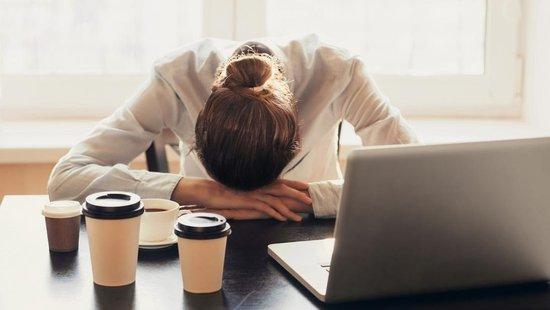 Somnolencia: qué es y cómo quitarla | Aquilea