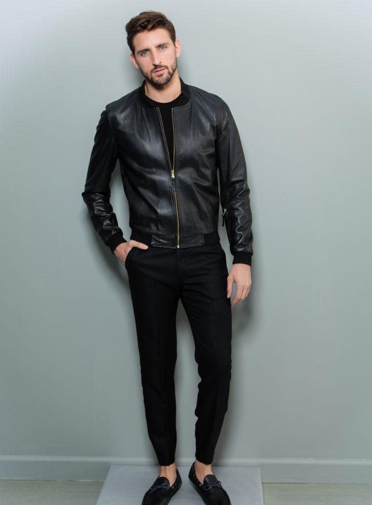 6473b9ff6 Black Leather Bomber Jacket
