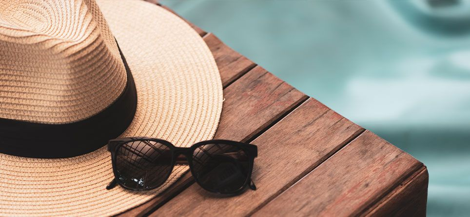Sonnenschutz im Urlaub dank Sonnenhut