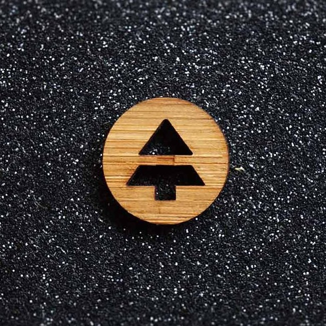 Arrow Mountain Bamboo Button – Tree