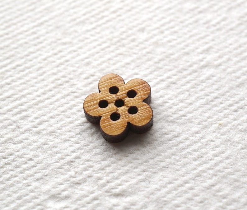Arrow Mountain Bamboo Button – Sakura
