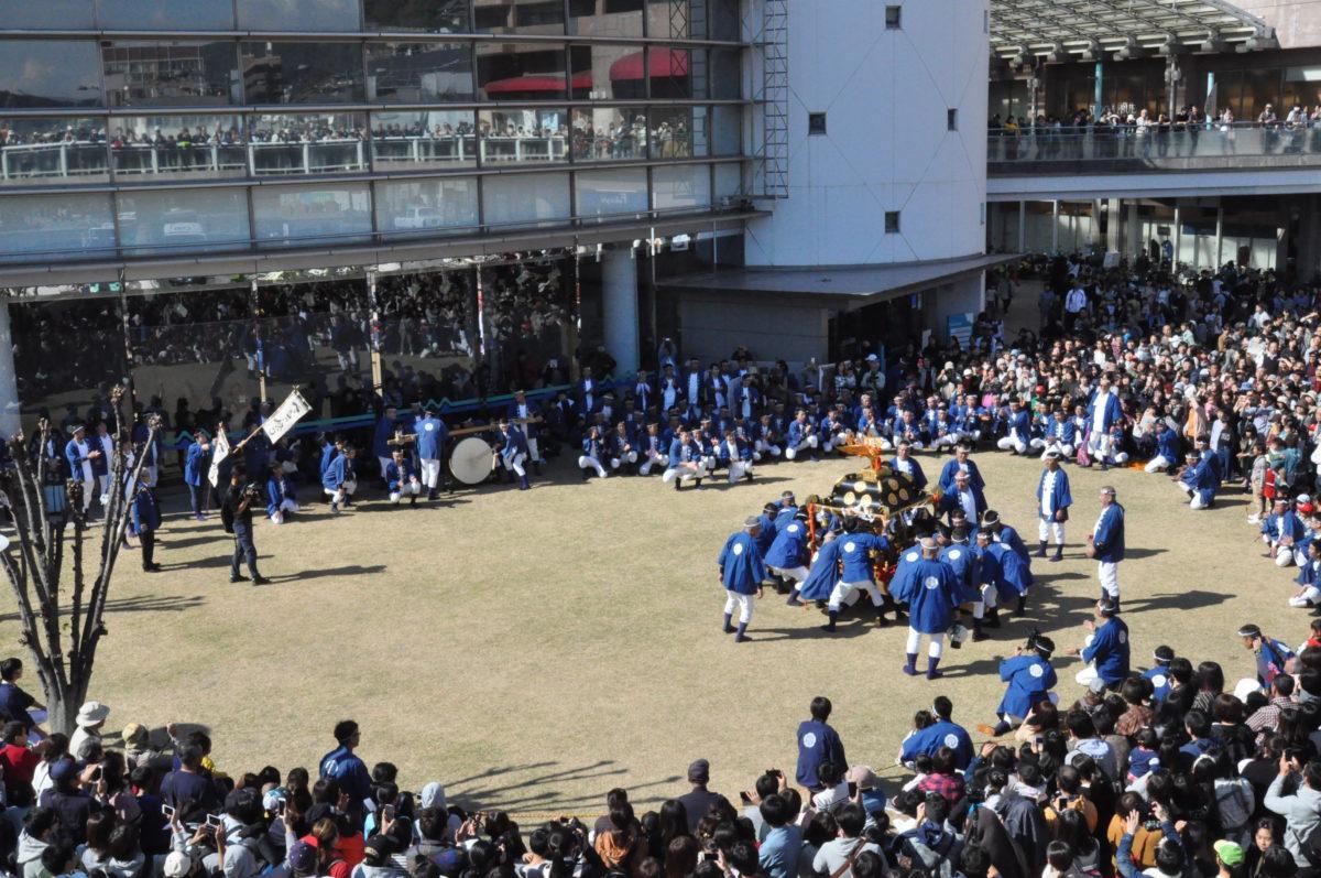 ベッチャー祭り 神輿