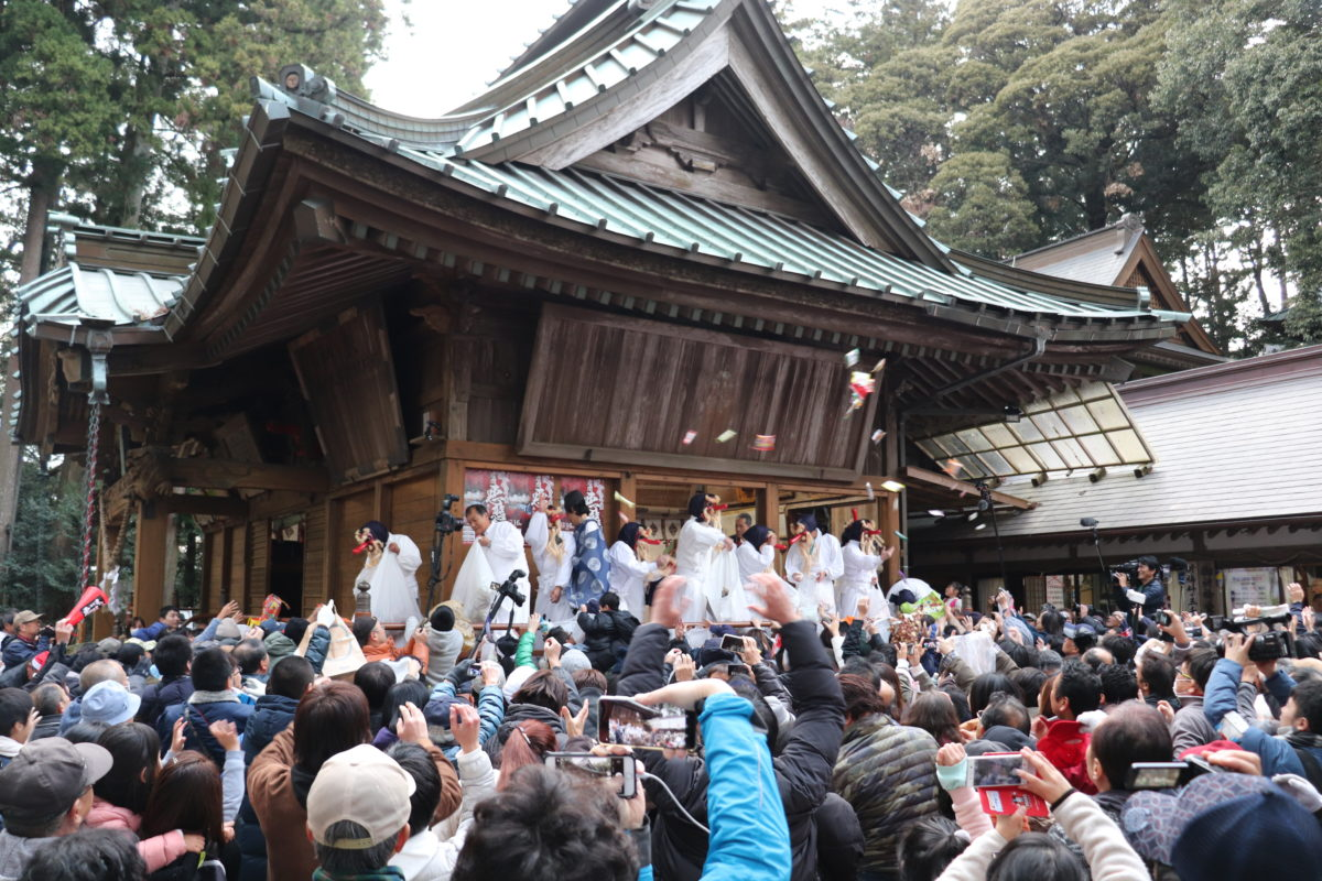 Ibaraki's Akutai Festival is something out of the ordinary. What did you expect? This is a  Curse Festival, you idiot!