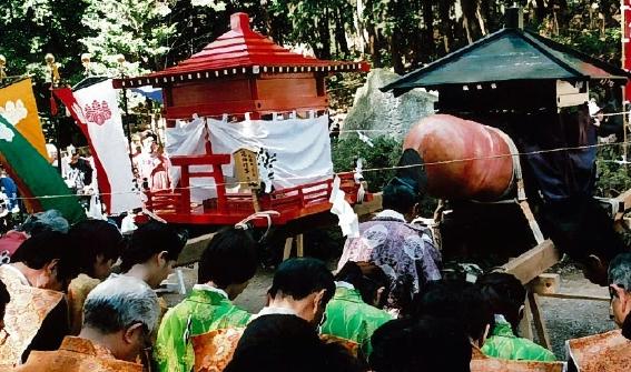 【画像あり】18禁!?噂の田縣神社「豊年祭」をこっそり紹介!
