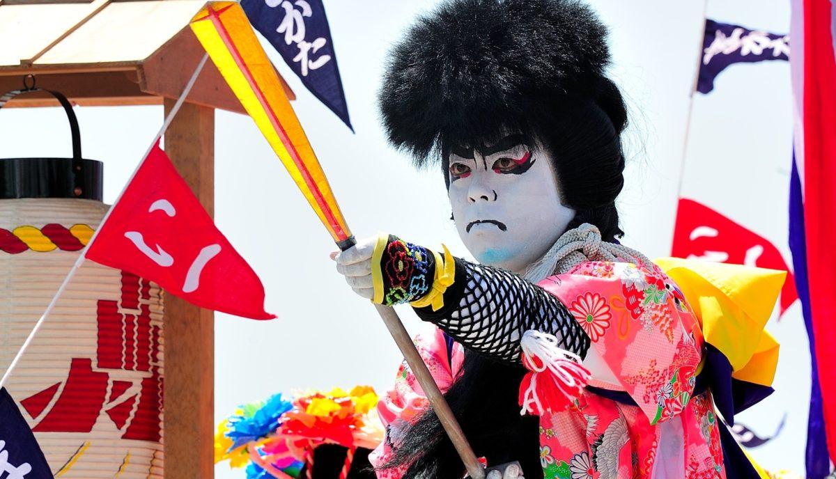 ホーランエンヤ|10年に一度の日本三大船神事、大絵巻・櫂伝馬船団を見逃すな!