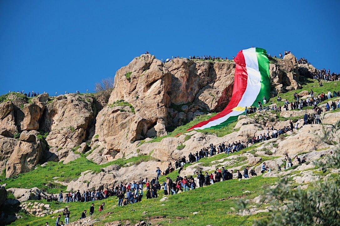 イラクは危ない?クルディスタン自治区で行われる笑顔いっぱい春の祭りノウルーズ